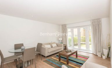 1 bedroom(s) flat to rent in Havilland Mews, Shepherds Bush, W12-image 1