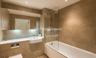 1 bedroom(s) flat to rent in Havilland Mews, Shepherds Bush, W12-image 4