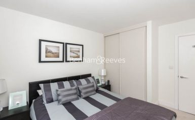 1 bedroom(s) flat to rent in Havilland Mews, Shepherds Bush, W12-image 6
