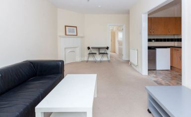 1 bedroom(s) flat to rent in Pitshanger Lane, Ealing, W5-image 2