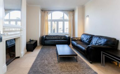 1 bedroom(s) flat to rent in Argyle Road, Ealing, W13-image 2