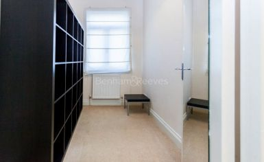 1 bedroom(s) flat to rent in Argyle Road, Ealing, W13-image 5