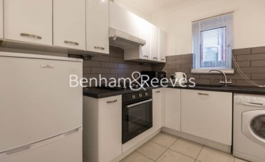 1 bedroom(s) flat to rent in Madeley Road, Ealing, W5-image 2