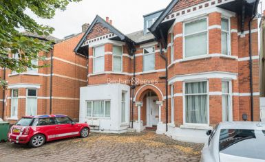 1 bedroom(s) house to rent in Madeley Road, Ealing, W5-image 8