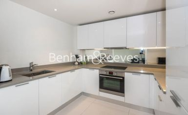 2 bedroom(s) flat to rent in Station Approach, Hayes, UB3-image 2