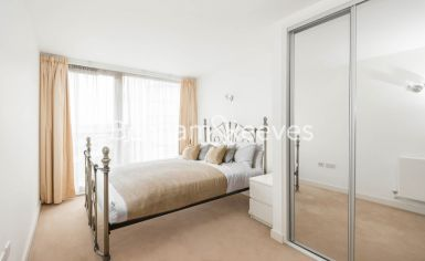 2 bedroom(s) flat to rent in Station Approach, Hayes, UB3-image 3