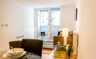 1 bedroom(s) flat to rent in Admirals Tower, New Capital Quay, Greenwich, SE10-image 3