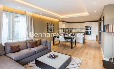 2 bedroom(s) flat to rent in Distillery Wharf, Hammersmith, W6-image 1