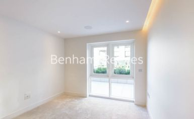 3 bedroom(s) flat to rent in Fulham Reach, Hammersmith, W6-image 3