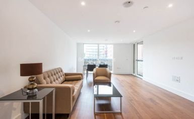 1 bedroom(s) flat to rent in London Square, Putney, SW15-image 1
