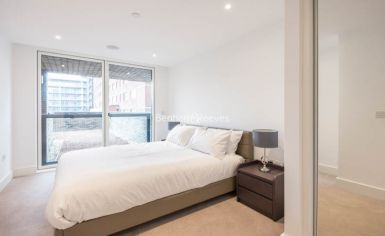 1 bedroom(s) flat to rent in London Square, Putney, SW15-image 6
