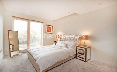 2 bedroom(s) flat to rent in Brunswick House, Hammersmith, W6-image 3