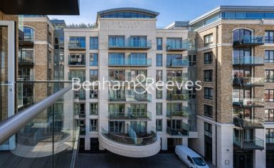 2 bedroom(s) flat to rent in Fulham Reach, Hammermsith, W6-image 6