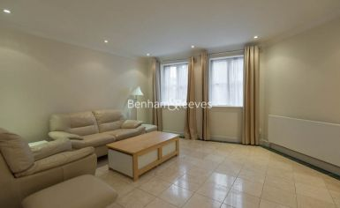 2 bedroom(s) flat to rent in Manbre Road, Hammersmith, W6-image 1