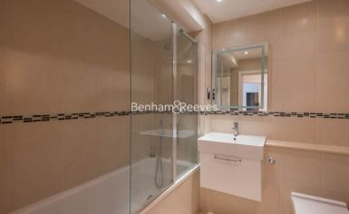 2 bedroom(s) flat to rent in Manbre Road, Hammersmith, W6-image 4