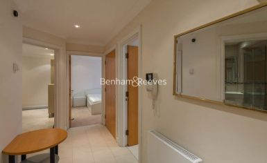 2 bedroom(s) flat to rent in Manbre Road, Hammersmith, W6-image 5