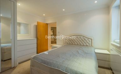 2 bedroom(s) flat to rent in Manbre Road, Hammersmith, W6-image 9