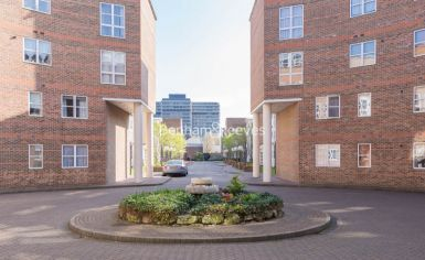 2 bedroom(s) flat to rent in Manbre Road, Hammersmith, W6-image 13