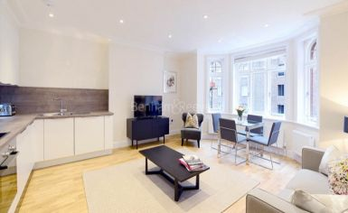 2 bedroom(s) flat to rent in Hamlet Gardens, Ravenscourt Park, W6-image 2