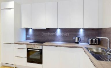 2 bedroom(s) flat to rent in Hamlet Gardens, Ravenscourt Park, W6-image 3