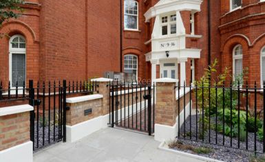 2 bedroom(s) flat to rent in Hamlet Gardens, Ravenscourt Park, W6-image 7