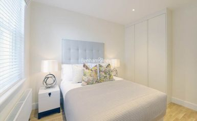 2 bedroom(s) flat to rent in Ravenscourt Park, Hammersmith, W6-image 5