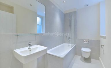1 bedroom(s) flat to rent in Ravenscourt Park, Hammersmith, W6-image 5