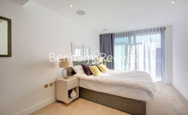2 bedroom(s) flat to rent in Goldhurst House, Fulham Reach, W6-image 4