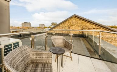3 bedroom(s) flat to rent in Palace Wharf, Hammersmith, W6-image 16