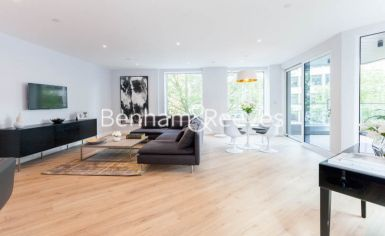 2 bedroom(s) flat to rent in Sovereign Court, Hammersmith, W6-image 8