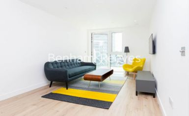 2 bedroom(s) flat to rent in Sovereign Court, Hammersmith, W6-image 1