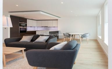 2 bedroom(s) flat to rent in Sovereign Court, Hammersmith, W6-image 10