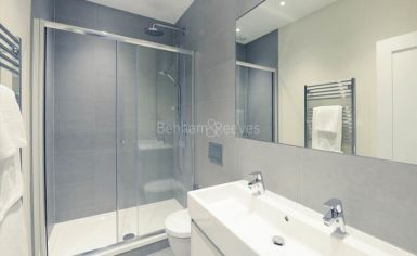 3 bedroom(s) flat to rent in Hamlet Gardens, Hammersmith, W6-image 5