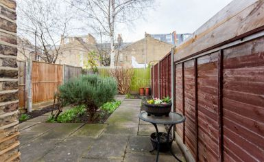 1 bedroom(s) flat to rent in Petley Road, Hammersmith, W6-image 13