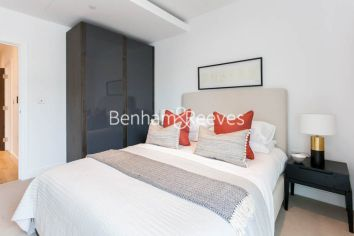 1 bedroom(s) flat to rent in Sovereign Court, Hammersmith, W6-image 9