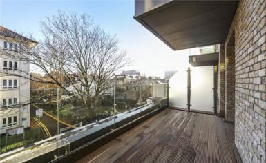 Studio flat to rent in Queens Wharf, Hammersmith, W6-image 5
