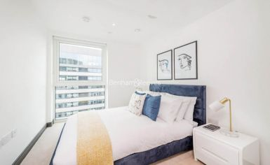 3 bedroom(s) flat to rent in Sovereign Court, Hammersmith, W6-image 15