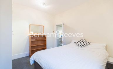 1 bedroom(s) flat to rent in Petley Road, Hammersmith, W6-image 4