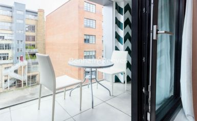3 bedroom(s) flat to rent in Westland Place, Old Street, N1-image 6