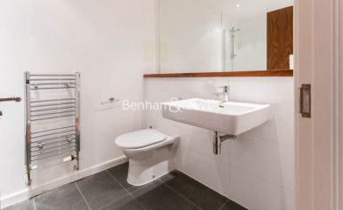 3 bedroom(s) flat to rent in Westland Place, Old Street, N1-image 10