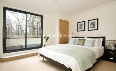 3 bedroom(s) flat to rent in School Mews, Cable Street, E1-image 3