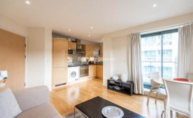 2 bedroom(s) flat to rent in Cable Street, Shadwell, E1W-image 2