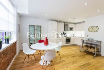 2 bedroom(s) flat to rent in Princelet Street, Spitalfields, E1-image 3