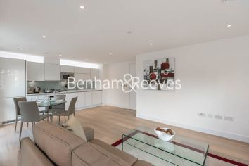 2 bedroom(s) flat to rent in Kensington Apartments, Cityscape, Commercial Street, E1-image 2