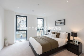 2 bedroom(s) flat to rent in Kensington Apartments, Cityscape, Commercial Street, E1-image 5