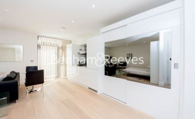 Studio flat to rent in Commercial Street, Aldgate East, E1-image 1