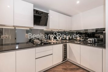2 bedroom(s) flat to rent in Leman Street, Aldgate East, E1-image 2