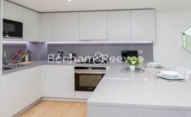 Studio flat to rent in Vaughan Way, Wapping, E1W-image 2