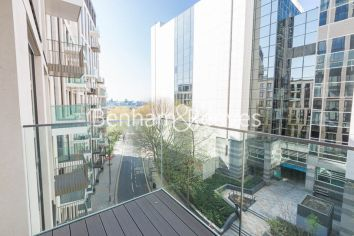 1 bedroom(s) flat to rent in Admiralty House, London Dock, Vaughan Way, E1W-image 6
