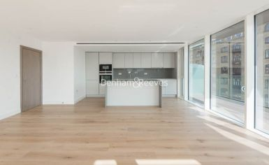 2 bedroom(s) flat to rent in Gauging Square, Wapping, E1W-image 1